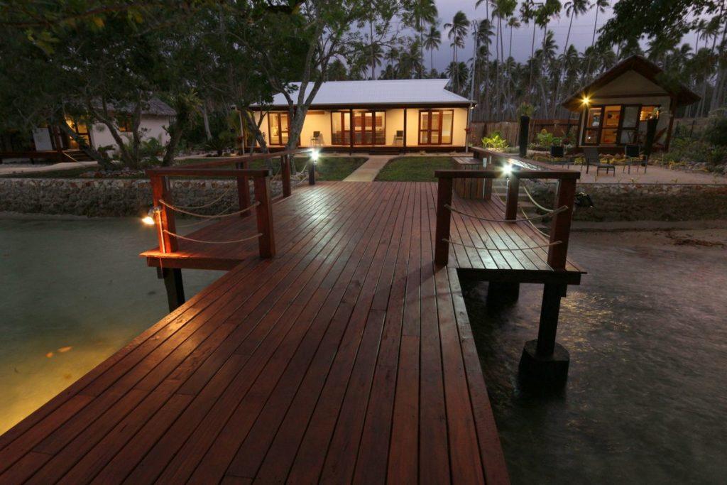 cheap accommodation vanuatu, holiday houses espiritu santo
