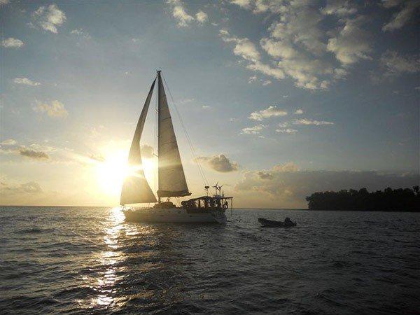 horseriding sailing santo